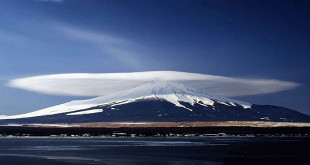Mount-Damavand,-the-highest-mountain-and-volcano-in-Iran---Shiva-Dastjerdi